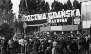 strajk w stoczni gdańskiej w 1980 roku - solidarność